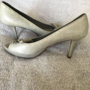 Prada Peep Toe Pumps 38